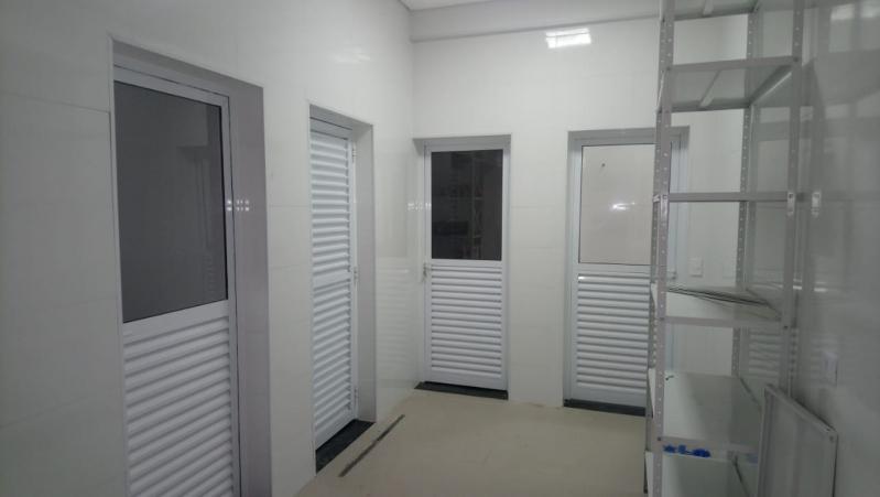 Porta Automatizada para Comércio Alto de Pinheiros - Porta Automática